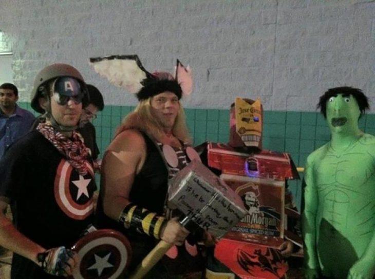 cosplay barato de avengers