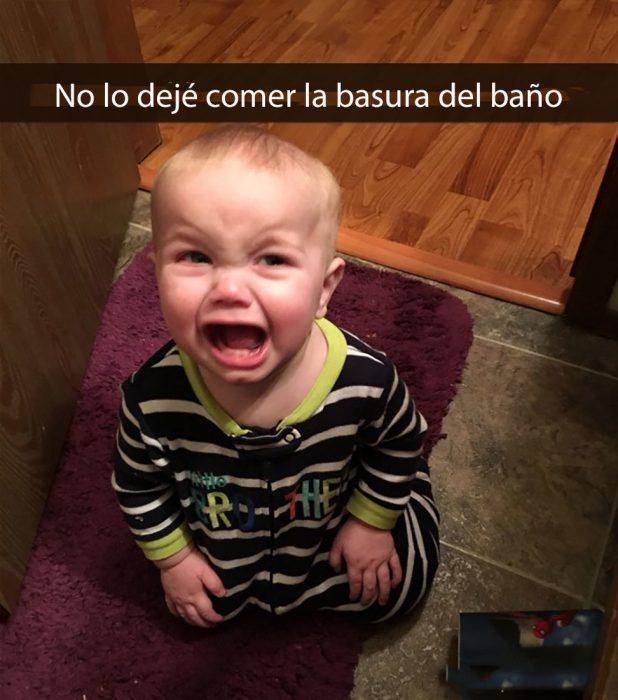 niño llorando porque no se comió la basura