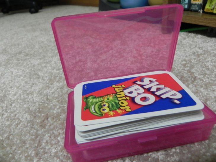 caja plástica para guardar el uno