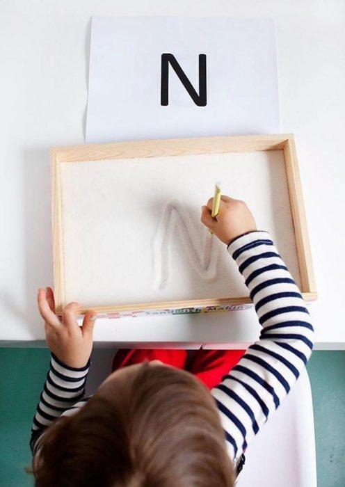 caja de arena para practicar escritura