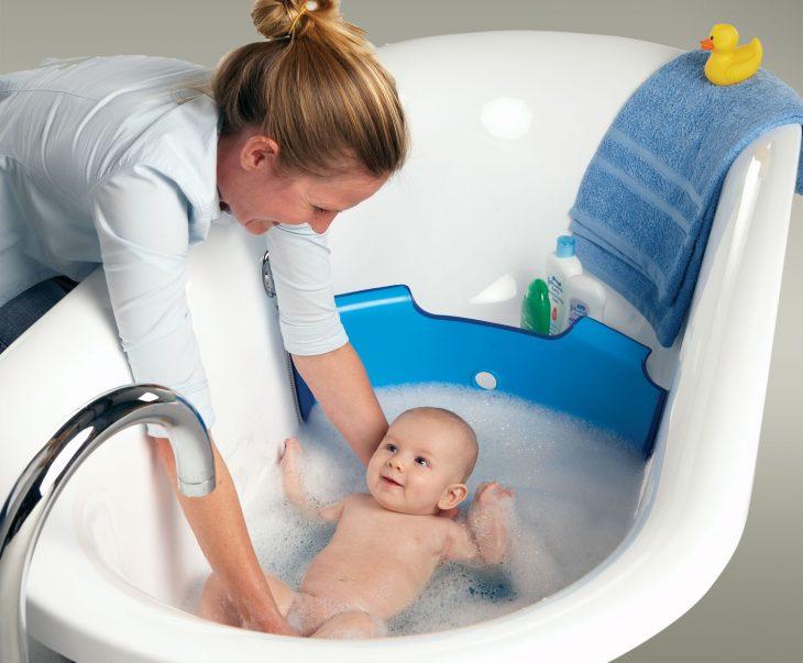separador de bañera para bebé