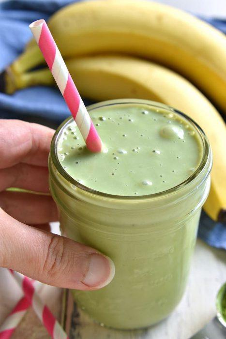 smoothie verde de matcha