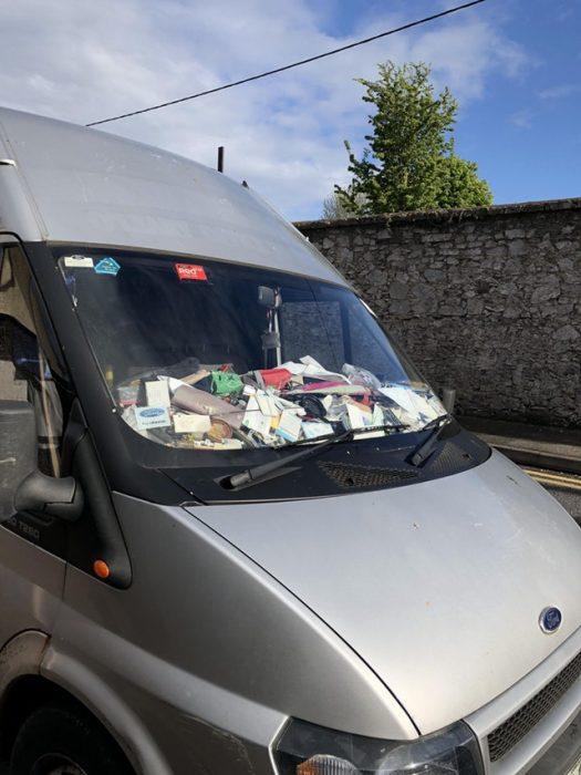 camioneta llena de basura