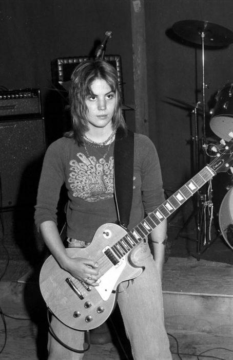 Joan Jett cuando apenas iniciaba su carrera, 1975