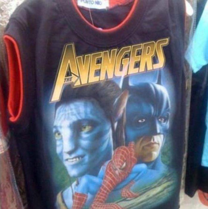 camisa mezcla a avengers y avatar