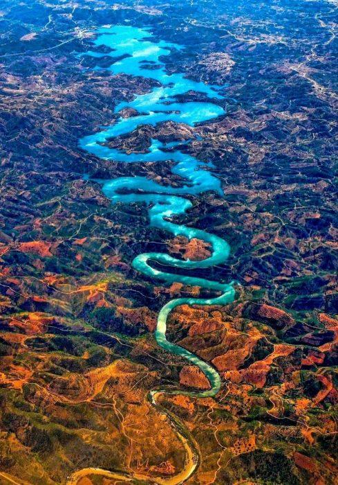 Río Dragón Azul, Portugal
