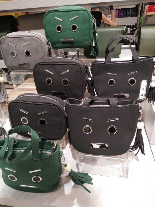 bolsas con pareidolia