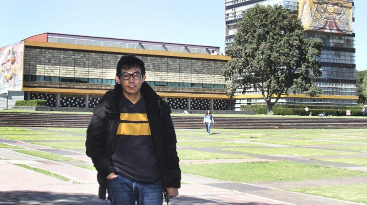 joven en la universidad