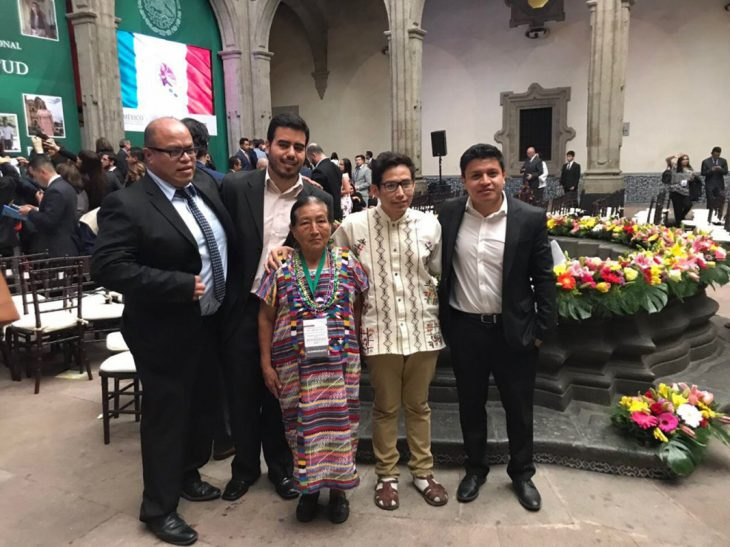 familia en graduación