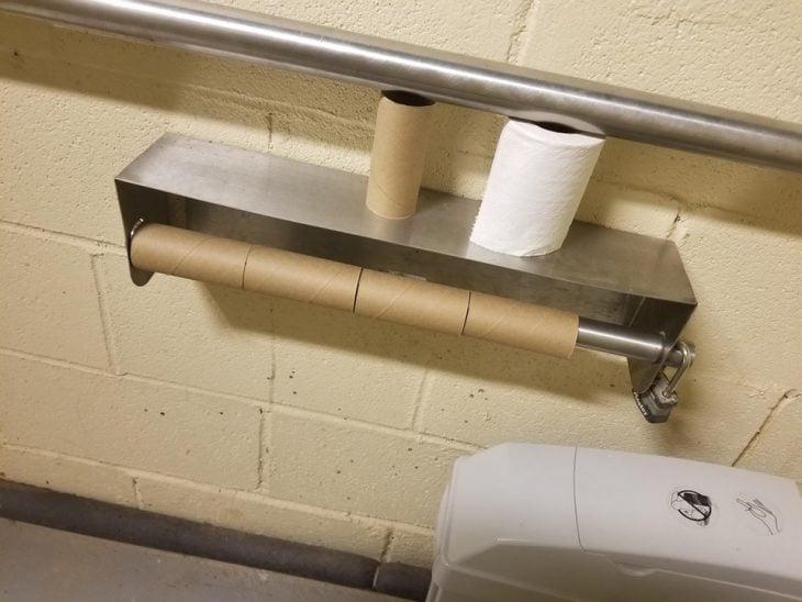 papeles de baño acumulados