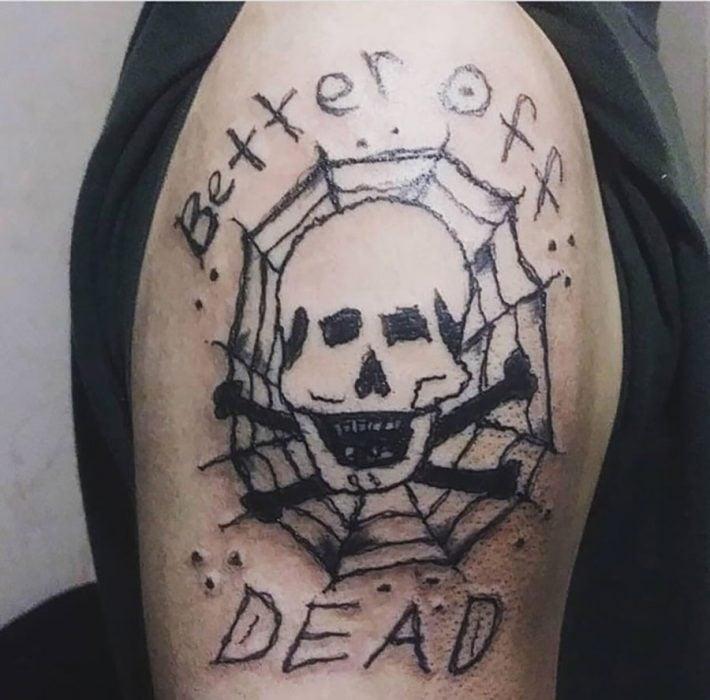 tatuaje feo de calavera