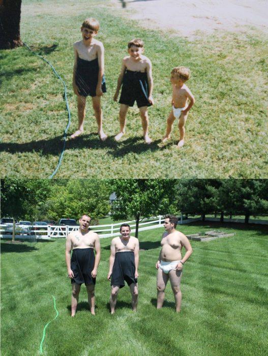 foto recreada de tres niños con los pantalones muy arriba