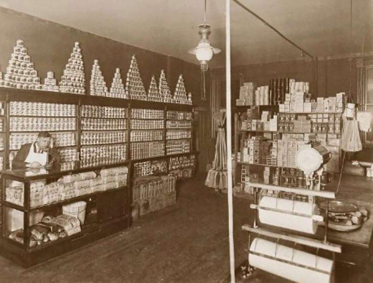 Interior de una tienda en Chicago, 1920