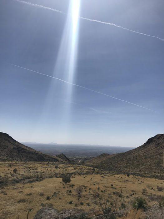 rayo de luz en paisaje