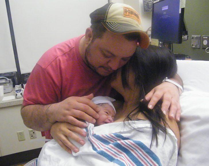 familia después del parto