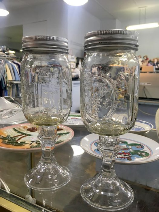 mason jars como copas de vino
