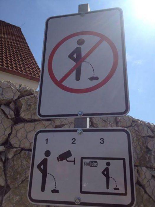 señal de tránsito creativa