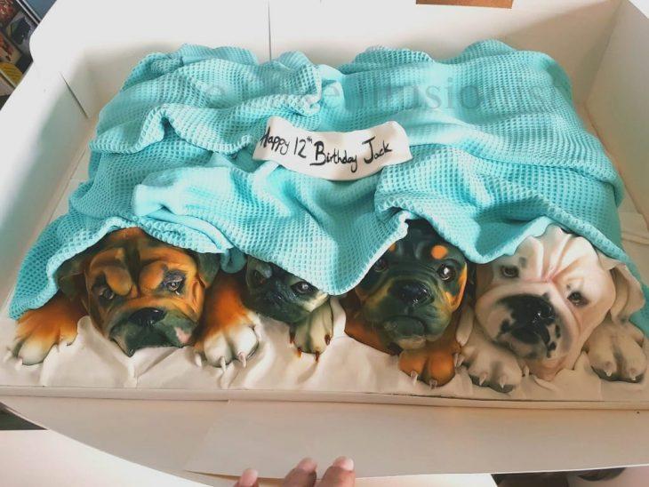 pastel de perritos