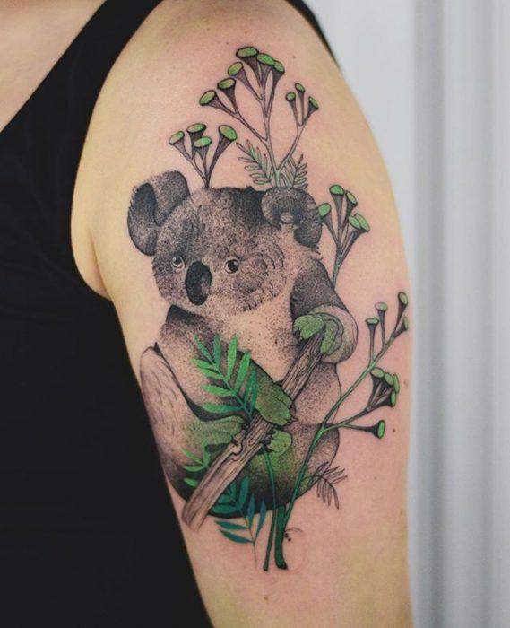 tatuaje de un koala