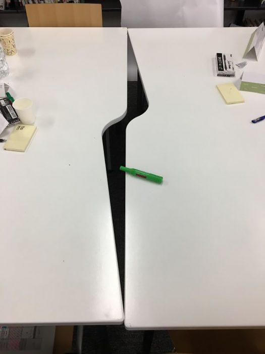 mesas que no encajan al ponerse juntas