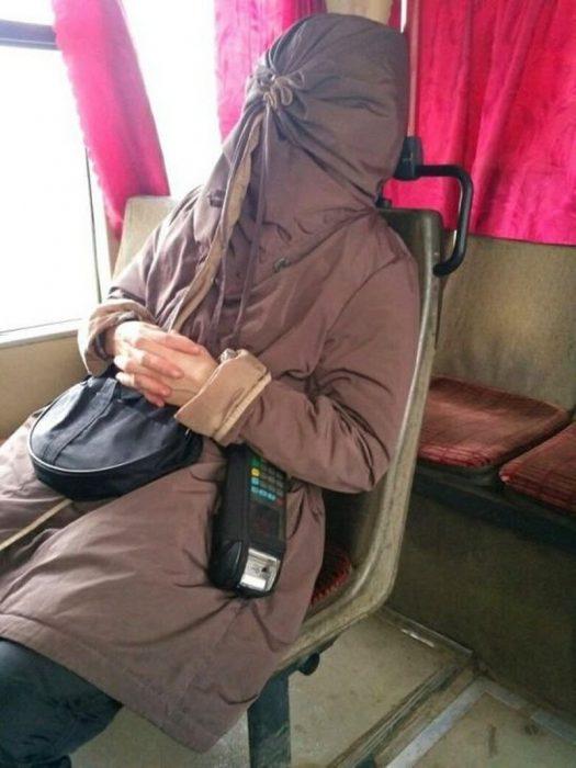 bolsa donde se tapa la cabeza