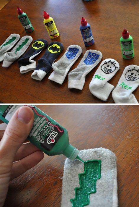 pintura textil en calcetines