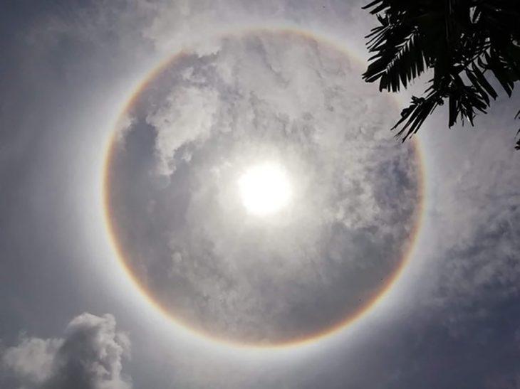 circunferencia que forma la luz del sol