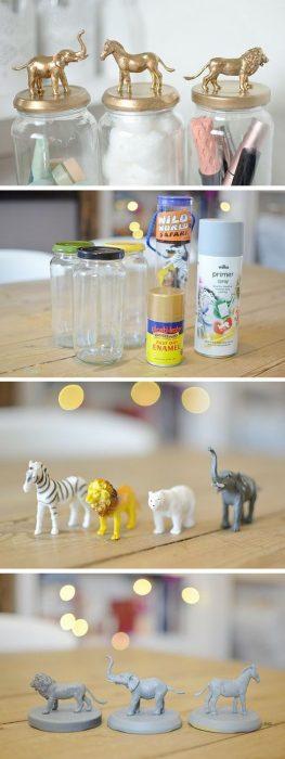 frascos elegantes con juguetes para niños