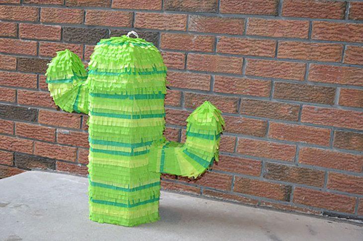 piñata de cactus