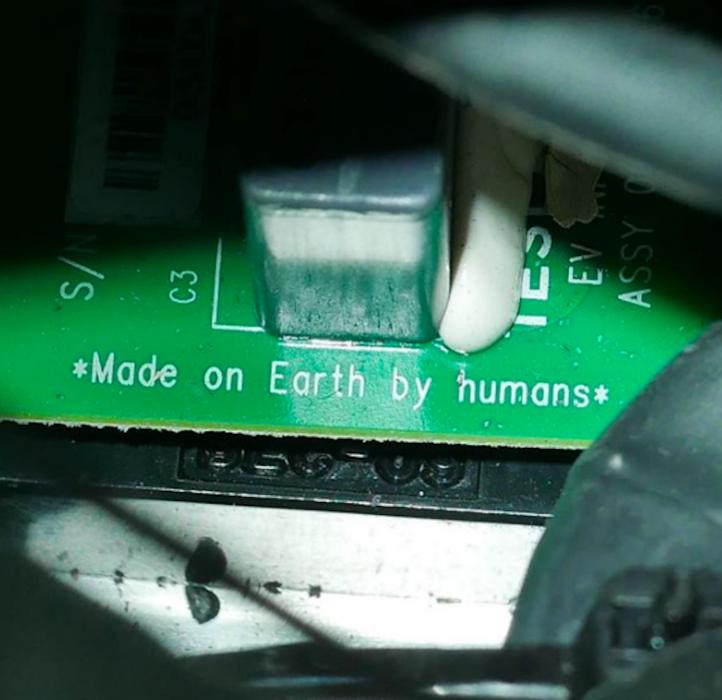 Hecho en la Tierra, por Humanos