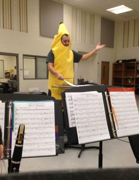 director de orquesta plátano