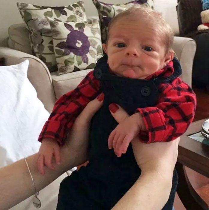 bebé chistoso
