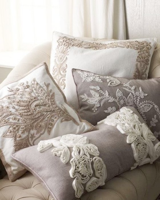 17 cojines decorativos para agregar personalidad a tu sala - Cojines bonitos ...
