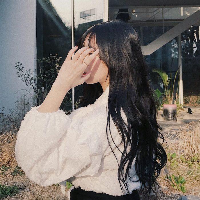 cabello negro azabache