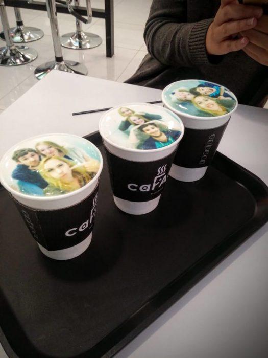 foto en café