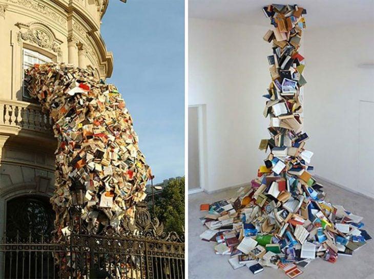 escultura de libros