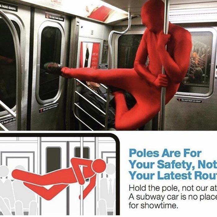 hombre rompiendo las reglas en el metro