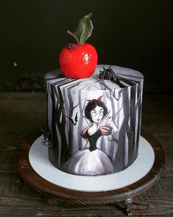 pastel de Blancanieves gótica