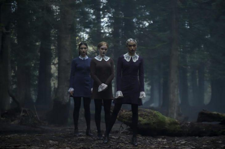 las hermanas extrañas