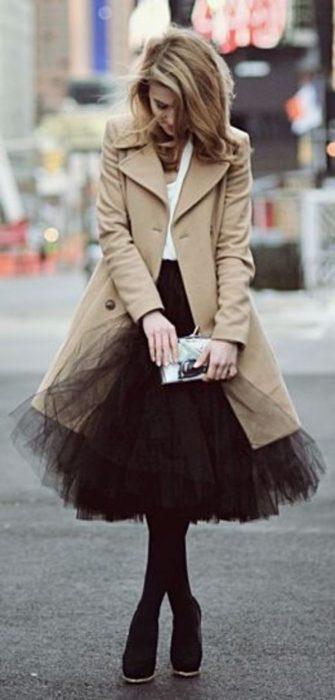 abrigo y falda de ballet