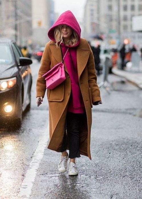 abrigo y sudadera