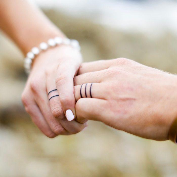 anillos de casados tatuados