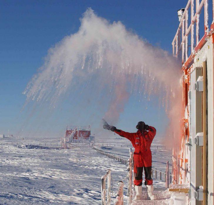 agua congelada en la Antártida