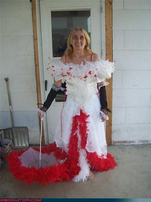vestido de novia con rojo