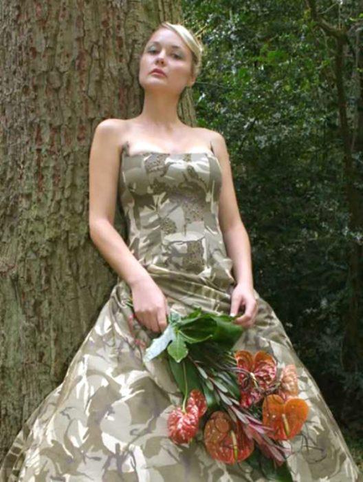 vestido de novia de soldado