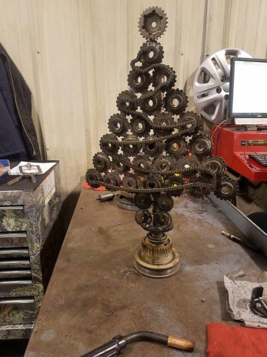 árbol hecho de engranajes