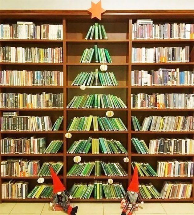 árbol navideño libros