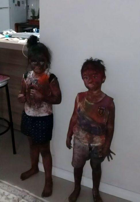 niños con pintura