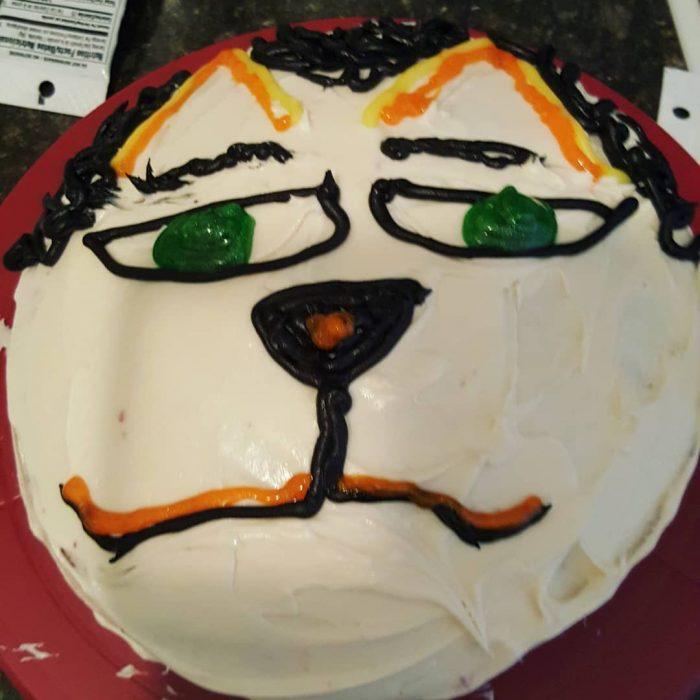 pastel cara de gato