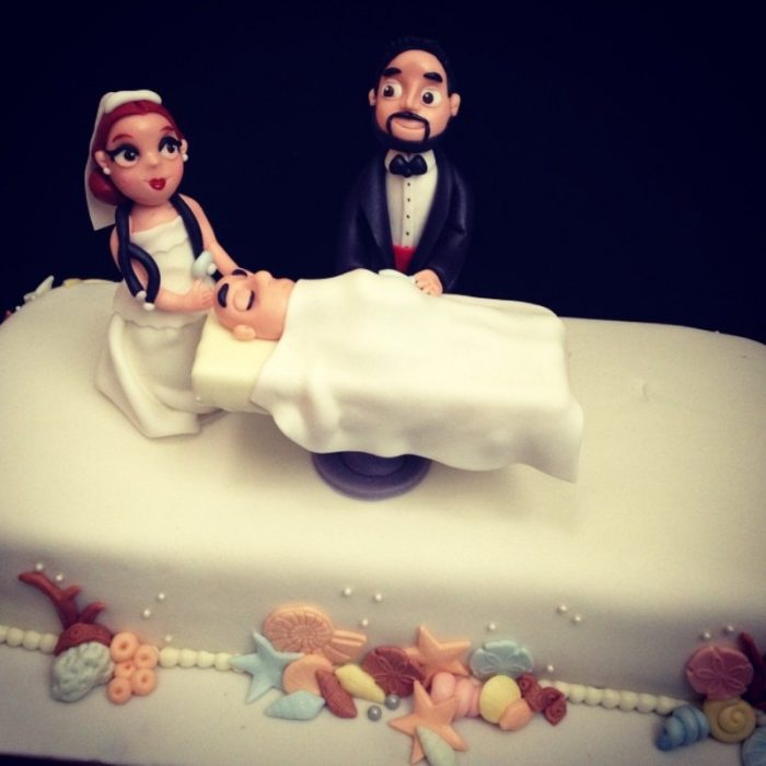 Pastel de bodas de médicos
